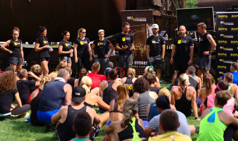 TRX Bootcamp je zadveřmi Největší akce léta letos rozproudí pražský ostrov Štvanice (15).jpg