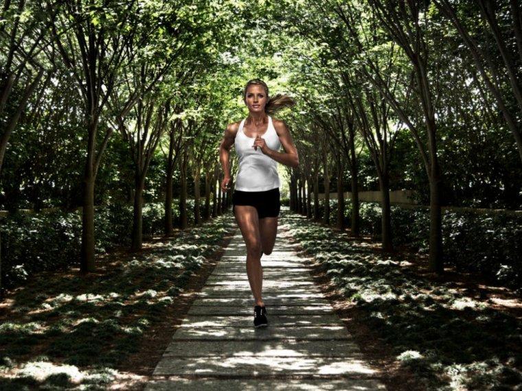 Vyběhejte si TOP kondici. Běžecké pásy umí hromadu funkcí 3.jpg