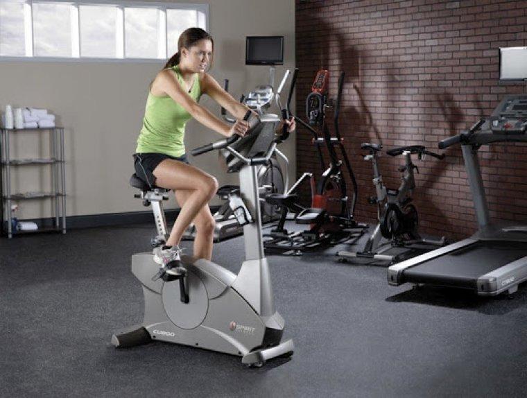 Cyklistický trenažer neboli rotoped vám pomůže zhubnout, posílit ivyrýsovat tělo (2).jpg