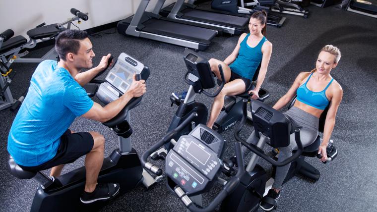 Cyklistický trenažer neboli rotoped vám pomůže zhubnout, posílit ivyrýsovat tělo (2).png