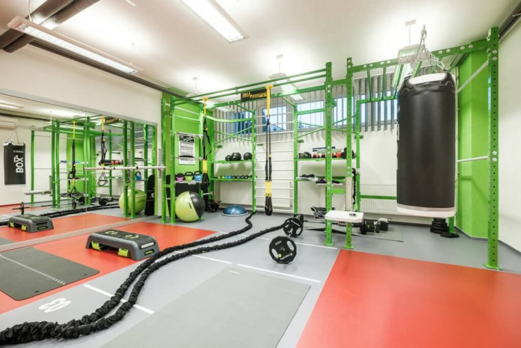 Společnost 3D FITNESS změnila počítačovou učebnu namalé fitness centrum_02.jpg