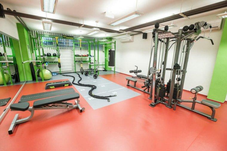 Společnost 3D FITNESS změnila počítačovou učebnu namalé fitness centrum_06.jpg