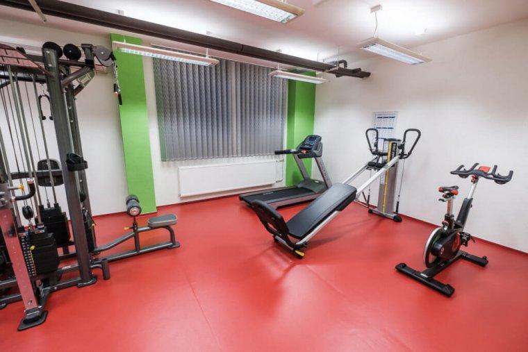 Společnost 3D FITNESS změnila počítačovou učebnu namalé fitness centrum_07.jpg