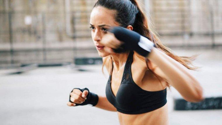 4 důvody, proč ženy milují MMA_01.jpg