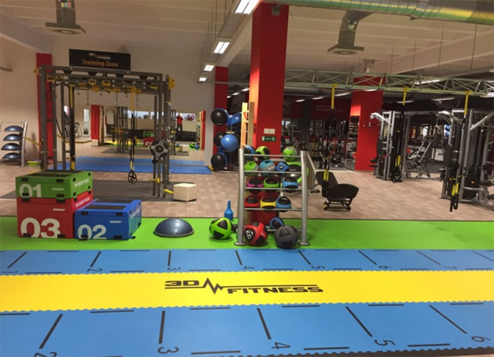 Fitness URAL vSokolově, největší anejmodernější fitness vKarlovarském kraji - realizace 3D FITNESS s.r.o.
