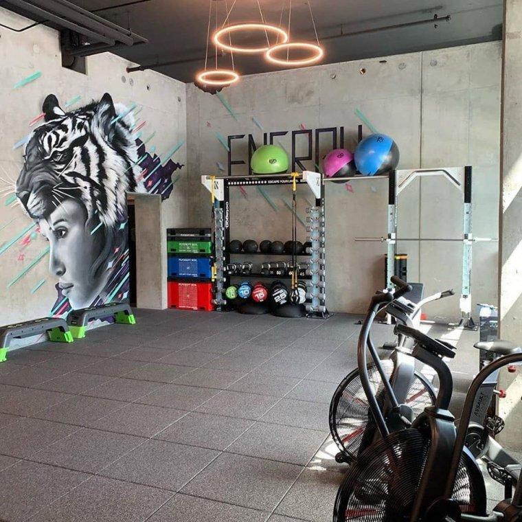 Originální řešení stěn vinteriéru fitness6.jpg