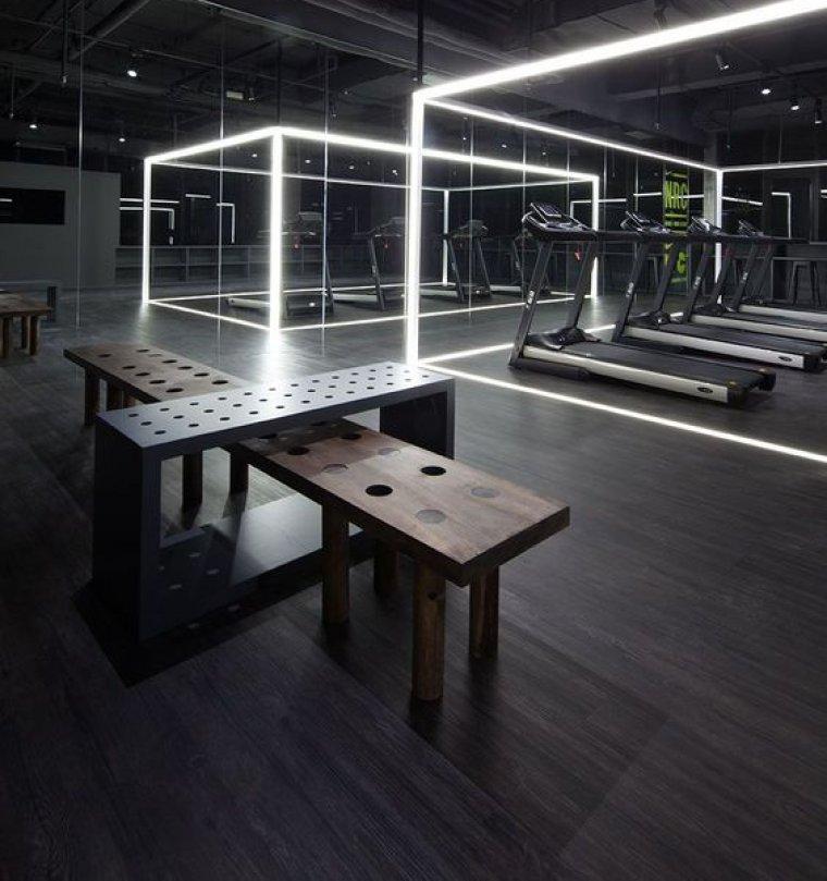 Originální řešení stěn vinteriéru fitness14.jpg