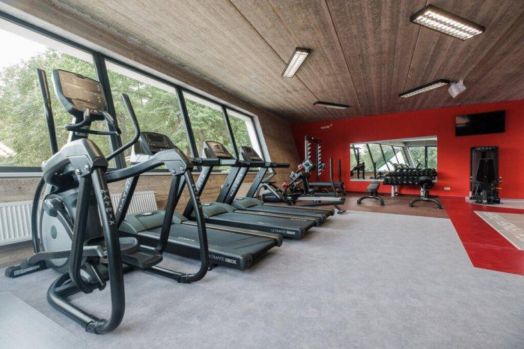 Tenisový komplex smoderním fitness centrem je perlou Hradce Králové_02.jpg