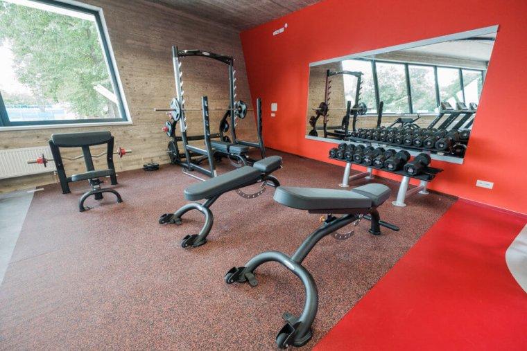 Tenisový komplex smoderním fitness centrem je perlou Hradce Králové_04.jpg