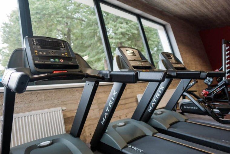 Tenisový komplex smoderním fitness centrem je perlou Hradce Králové_05.jpg