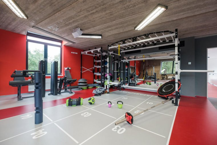 Tenisový komplex smoderním fitness centrem je perlou Hradce Králové_07.jpg