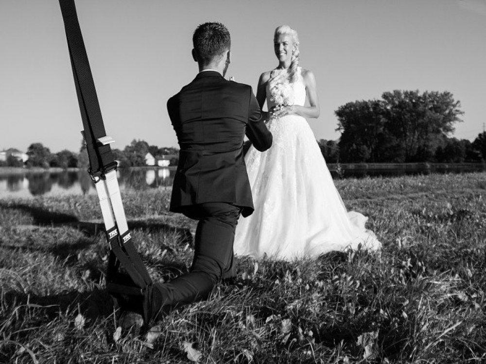 Cvičení, která vás před svatbou dostanou doperfektní kondice_02.jpg